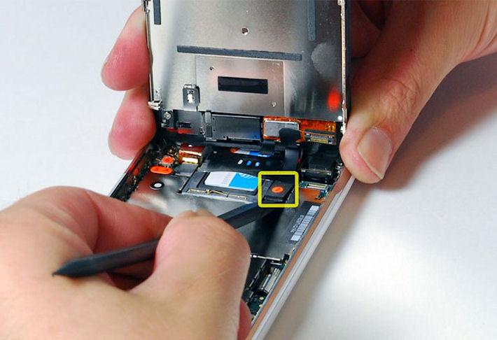 Белый дисплей iPhone