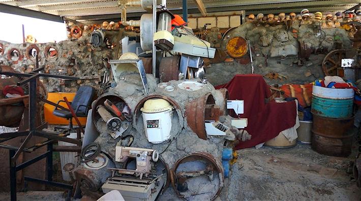 Как продать ненужные или старинные вещи