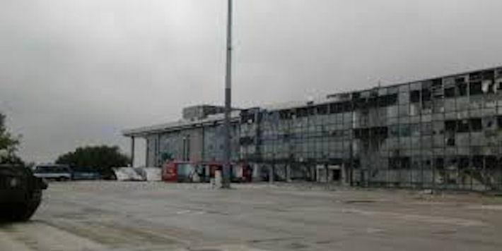 Террористы вели обстрел по донецкому аэропорту из танков