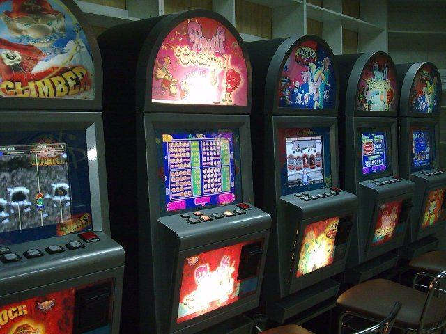 Красочные и динамичные игры на деньги