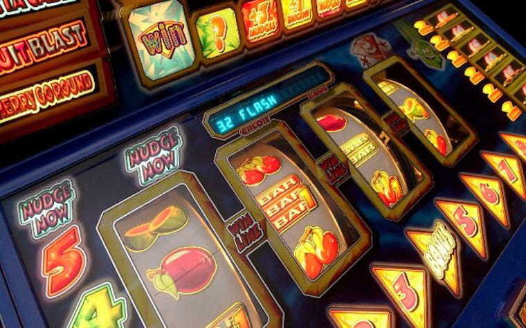 Играть в игровые автоматы из игровых клубов Космолот