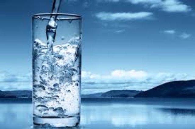 Вода - важнейший элемент в организме человека
