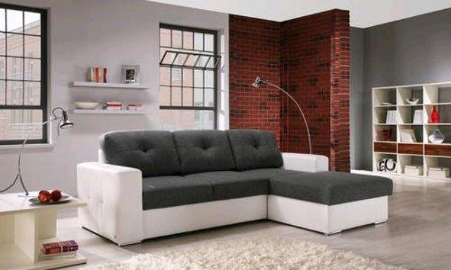 Покупаем диван в гостиную: правильно выбираем материал обивки