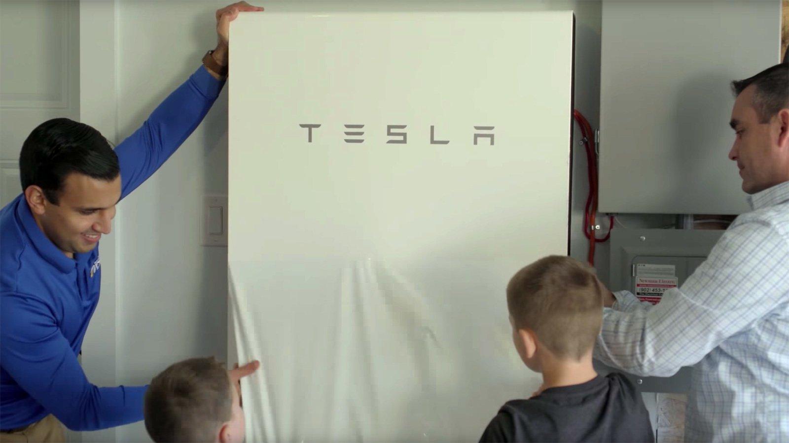 Tesla запустила ещё один энергетический эксперимент на территории Канады