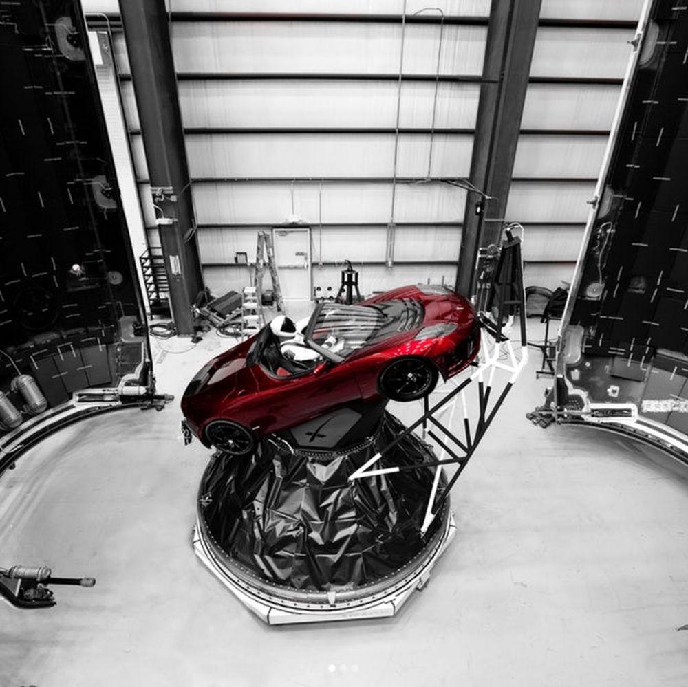 #видео | SpaceX опубликовала 3D-анимацию предстоящего запуска Falcon Heavy