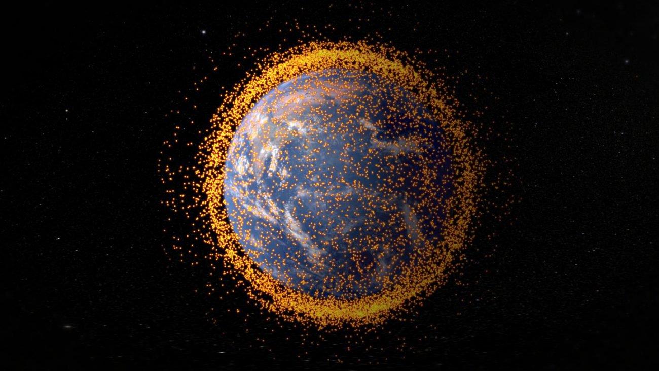 Космический мусор сможет выдать наших «братьев по разуму»