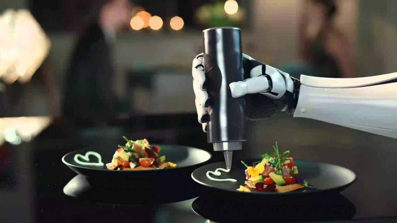 Студенты MIT открыли первый в мире полностью роботизированный ресторан