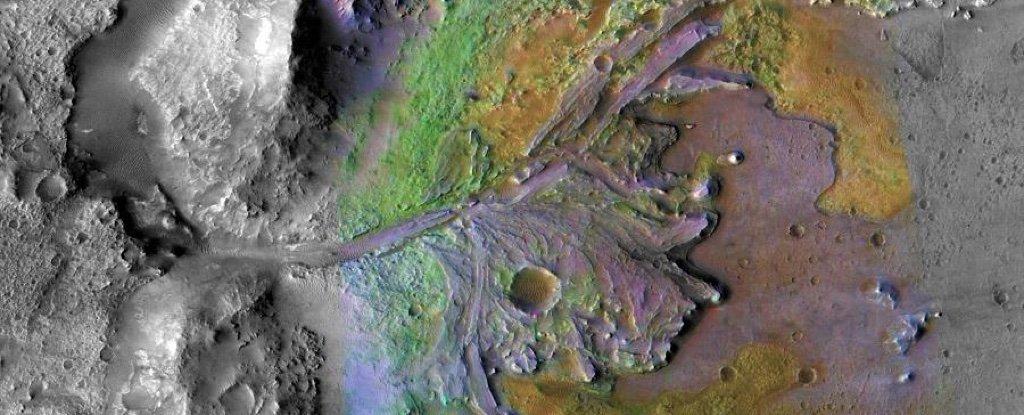 Астробиологи отобрали наиболее интересное место для поиска жизни на Марсе