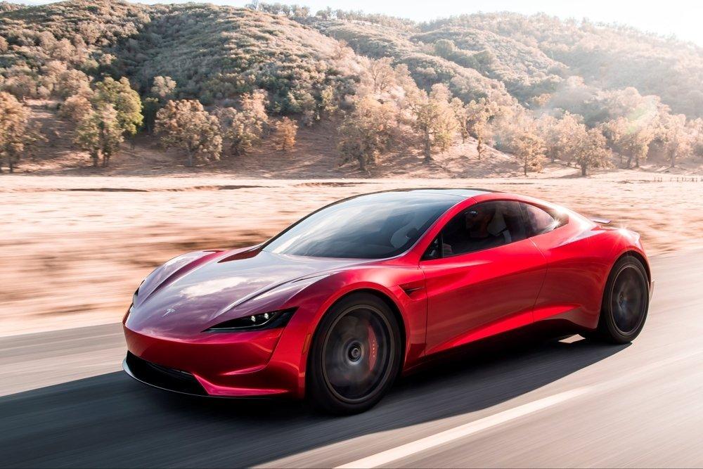 Электрородстер Tesla предложит опцию в виде 10 ракетных двигателей