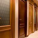 Межкомнатные деревянные двери: особенности и характеристики