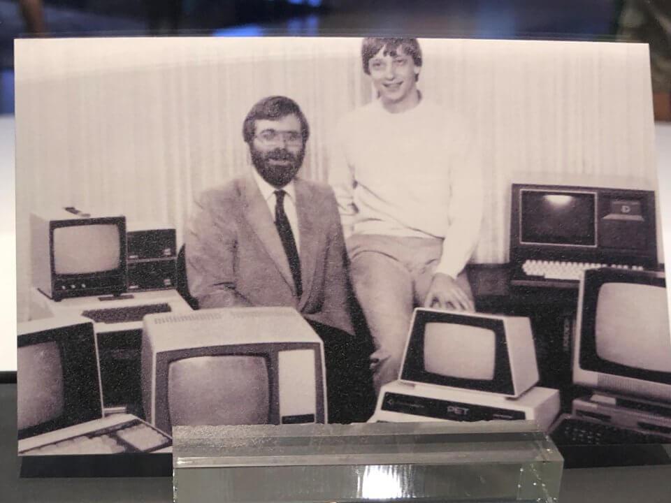История первых визитных карточек Билла Гейтса и Пола Аллена