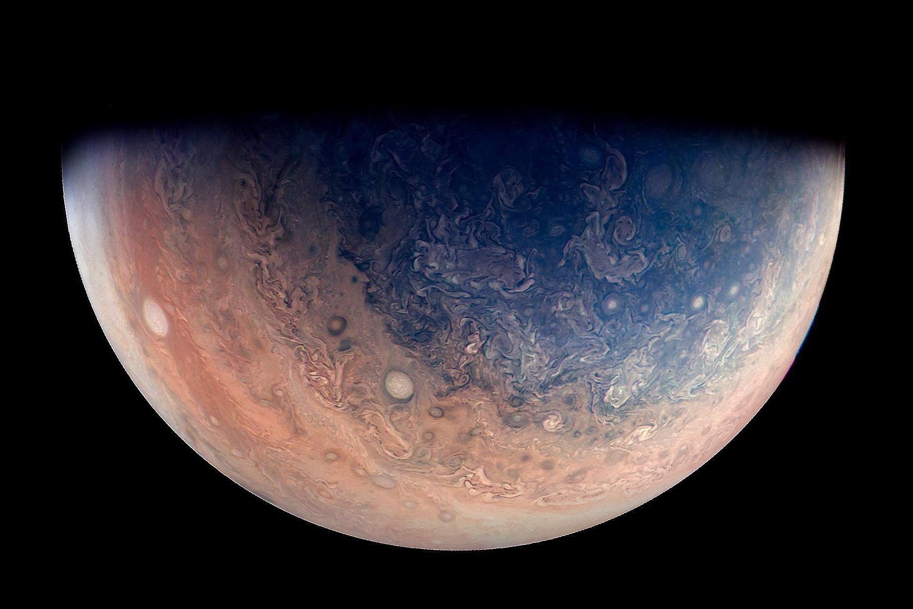 Ученые обнаружили у Юпитера еще 12 новых спутников