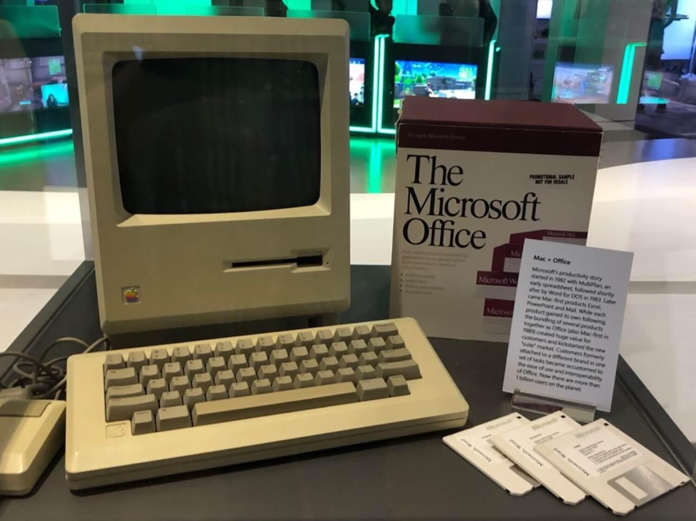 История первого компьютера Macintosh, который стоит в штаб-квартире Microsoft