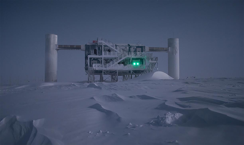 Начало нейтринной астрономии положено: антарктическая станция точно отследила место рождения нейтрино