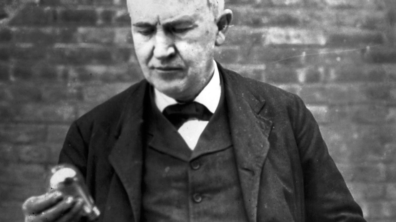 Томас Эдисон назвал этот телефонный звонок невозможным, но он состоялся
