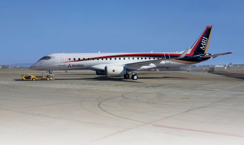 Первый реактивный самолет Mitsubishi начнет полеты в 2020 году. Взгляните на прототип