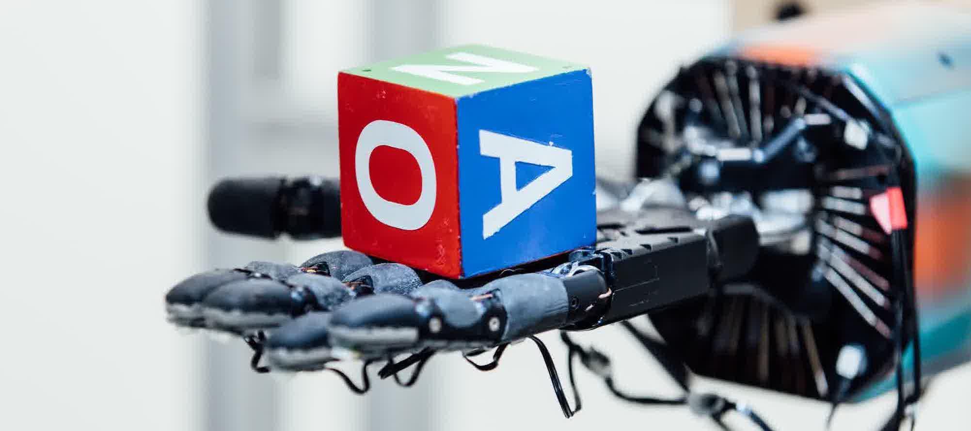 Специалисты OpenAI обучают ИИ-системы ловкости человеческих рук