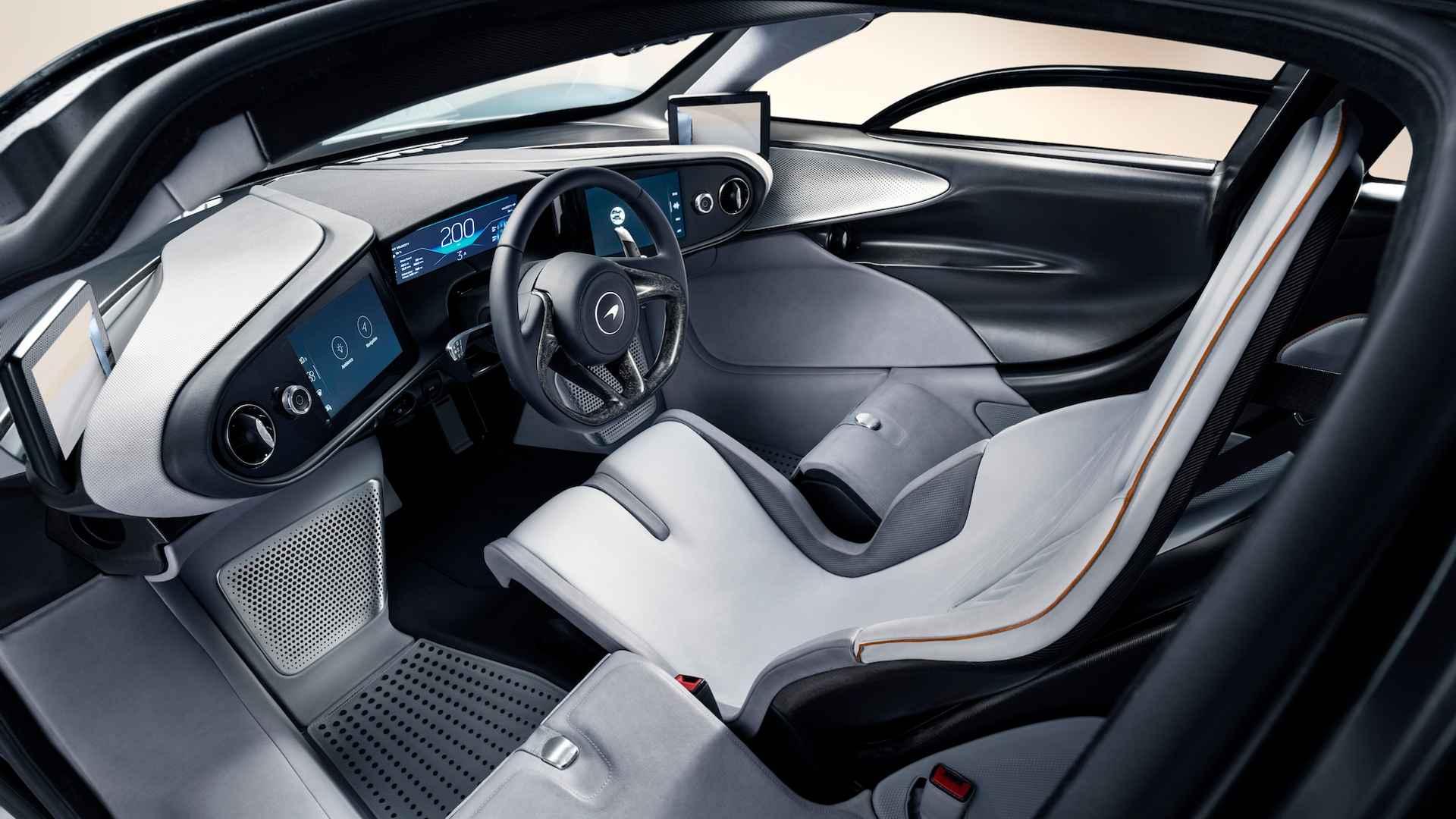 McLaren Speedtail: 1000 лошадей, 402 км/ч, более 2 миллионов долларов. И уже распродан