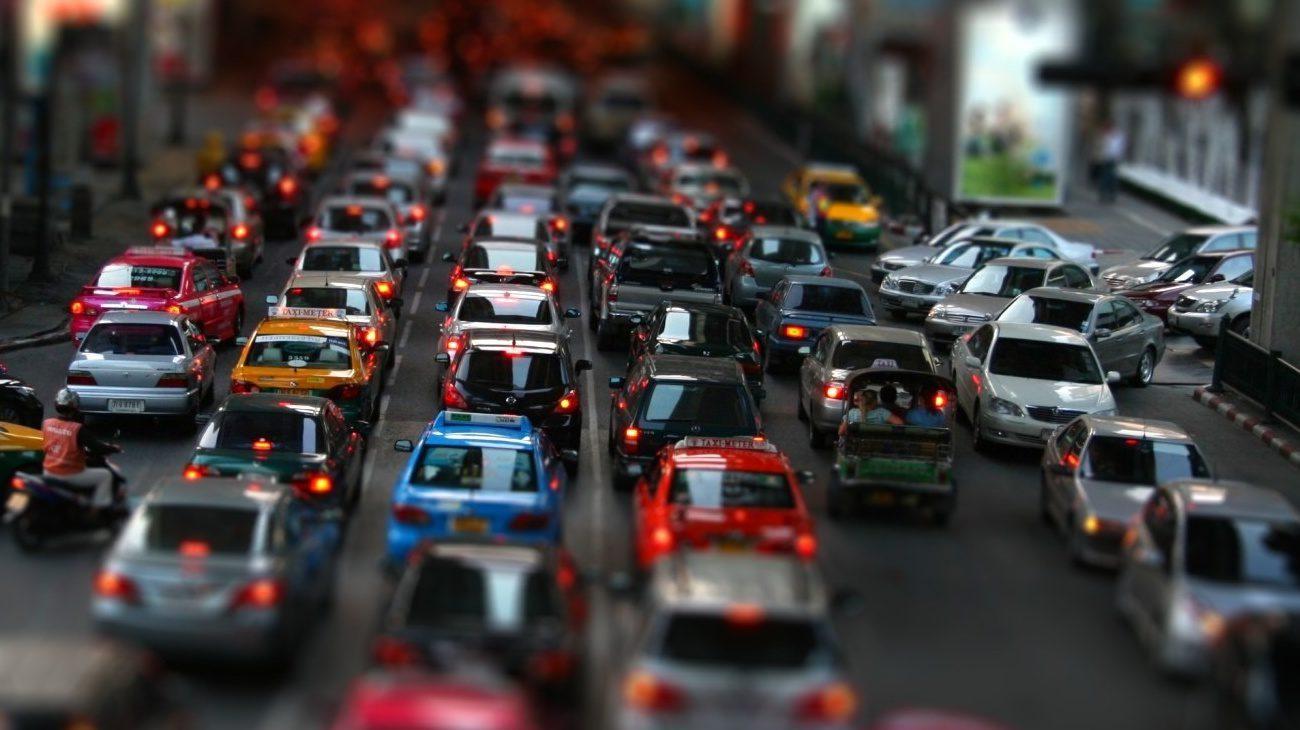 Искусственный интеллект поможет оптимизировать трафик и сэкономить топливо