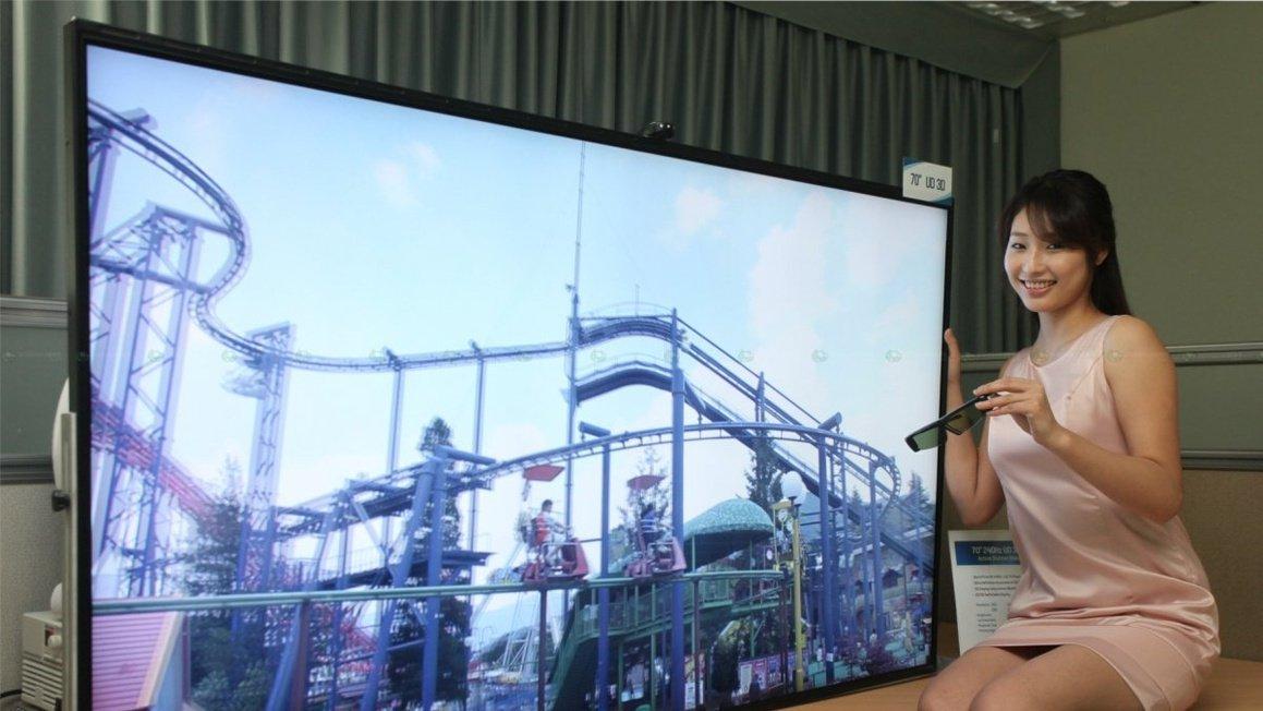 Samsung: телевизоры-2019 управляют всеми устройствами