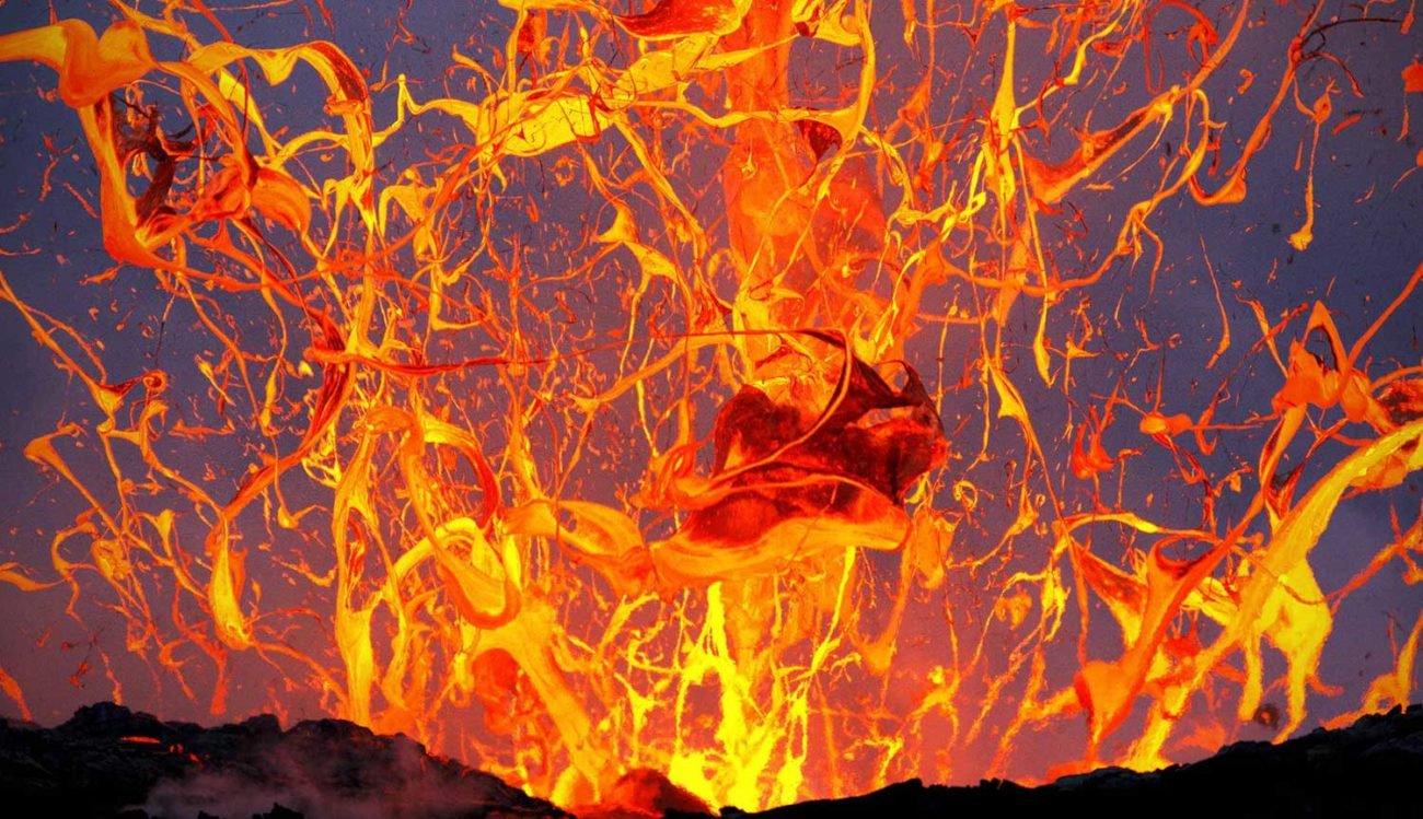 #Видео: Ученые спровоцировали взрыв вулканической лавы