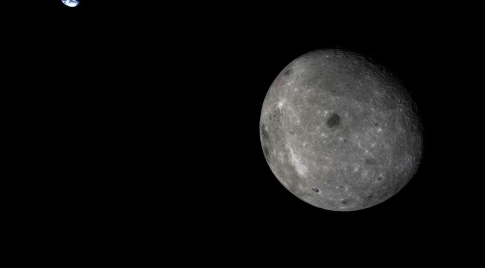 Китай отправил луноход на обратную сторону Луны