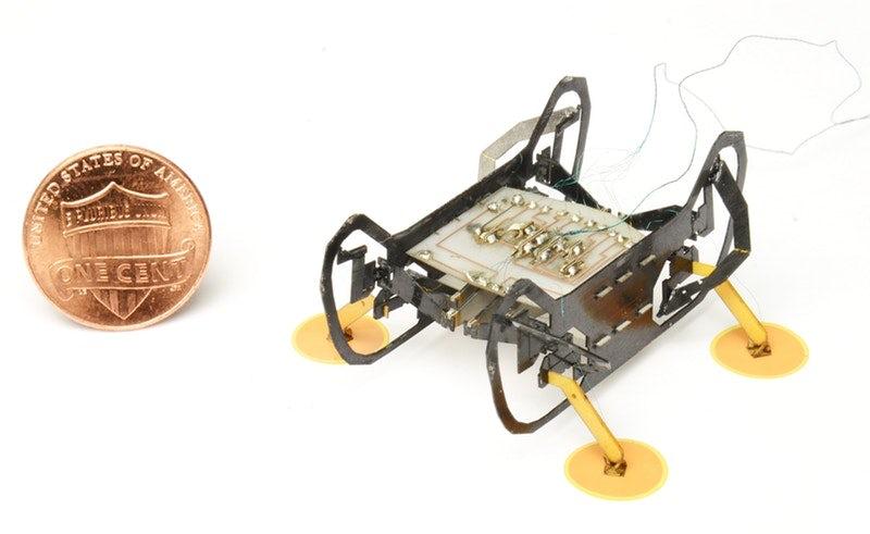 Создан крохотный робот для диагностики реактивных двигателей