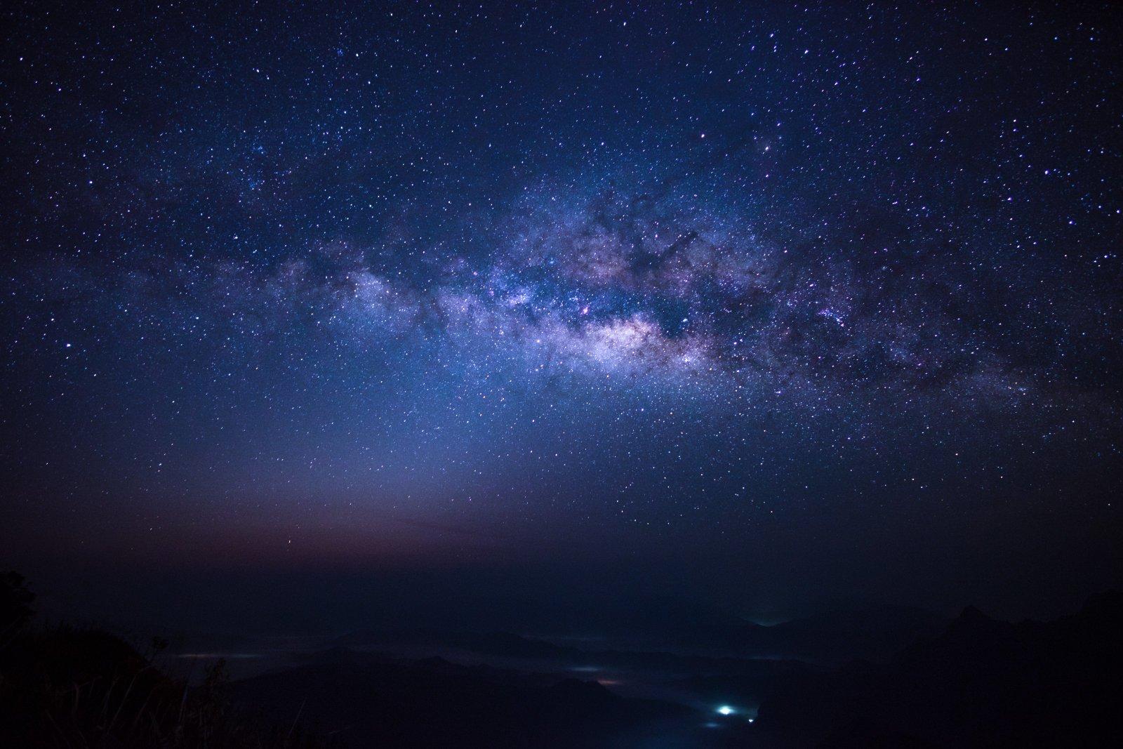 Управление большими телескопами хотят поручить маленьким спутникам